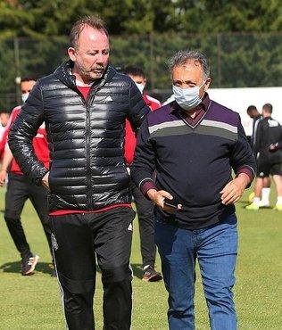 Başkan Ahmet Nur Çebi Beşiktaş antrenmanını ziyaret etti