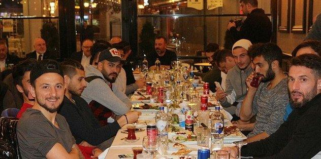 Afjet Afyonspor'a moral yemeği