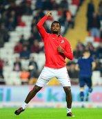 Flaş karar! Eto'o Antalyaspor'dan ayrılıyor...