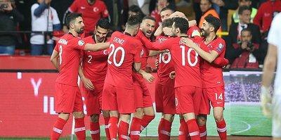 Türkiye - Fransa maçının biletlerine yoğun ilgi