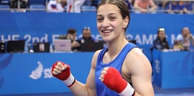 Kadınlar Dünya Boks Şampiyonası'nda Buse Naz Çakıroğlu finale yükseldi!