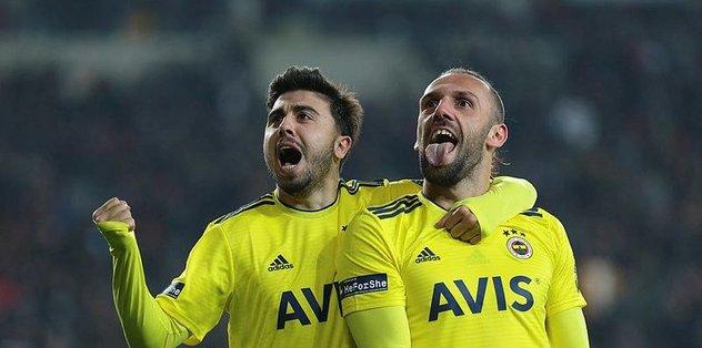 Fenerbahçeli Ozan Tufan'a Everton'ın transfer listesinde