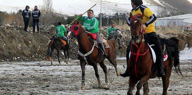 Asırlık gelenek cirit Bayburt'ta yaşatılıyor