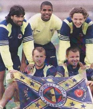 Fenerbahçe'nin eski futbolcu Sergio, Müslüman oldu