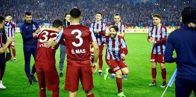 """G.Saray'ı yendik sıra Beşiktaş'ta"""