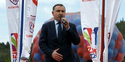 """Osman Aşkın Bak: """"Bu coğrafyada güçlü olmak lazım"""""""
