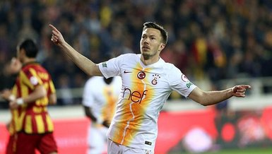 Galatasaray'da Linnes ve Emre sahada