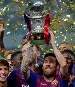 Messi Barcelona'da 33. kupasını kazandı
