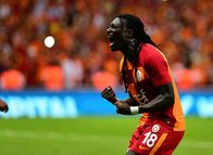 Bafetimbi Gomis'ten Galatasaray'a rest!