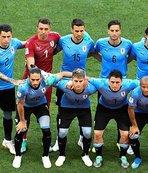 Muslera'lı Uruguay ikinci turu garantiledi!