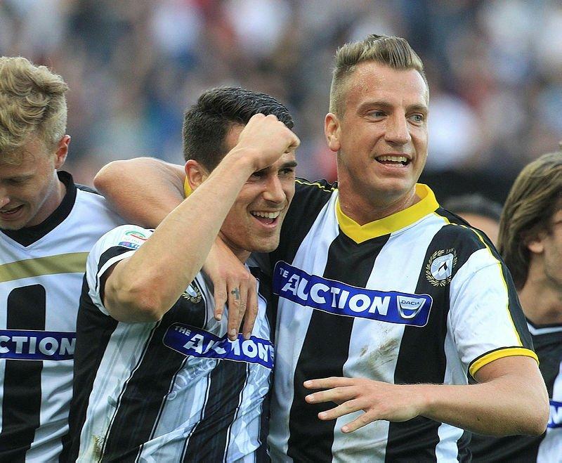 Udinese Lazio maçına 11 farklı formayla çıktı!