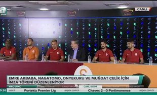 Galatasaray yeni transferleri için imza töreni düzenledi