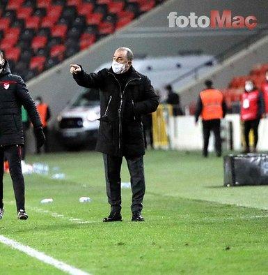 Galatasaray bir transferi daha bitirdi! Omar'ın yerine...
