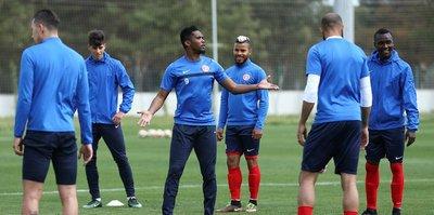 Antalyaspor arayı değerlendirecek