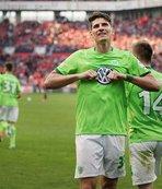 Bayer Leverkusen Gomez'e takıldı