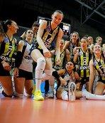 Fenerbahçe Galatasaray'ı süpürdü