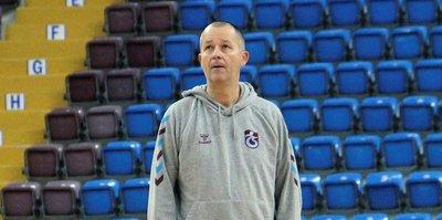 Trabzonspor başantrenör Markovski ile yollarını ayırdı