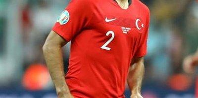 Mehmet Zeki Çelik: Türkiye'ye dönemedim