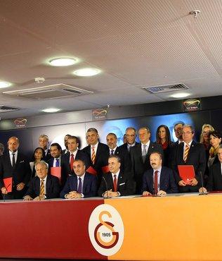 """""""Galatasaray yönetimi seçime gitmek zorunda değil"""""""