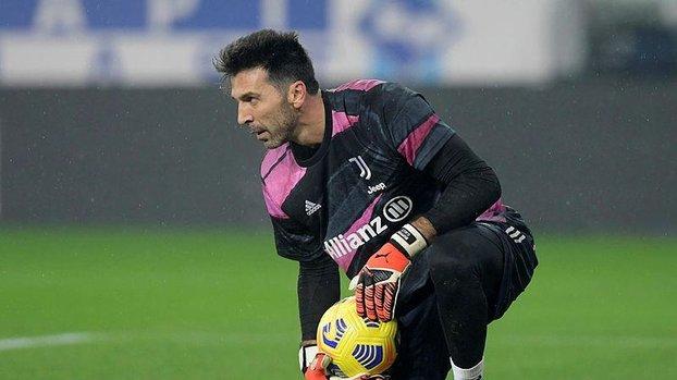 Son dakika spor haberi: Buffon için Galatasaray iddiası #