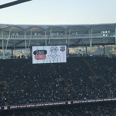 Beşiktaş'tan 23 Nisan için anlamlı kutlama
