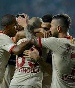 Galatasaray'da 20 maç sonra bek katkısı!