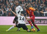Beşiktaş - Galatasaray derbisinde gecenin hareketi Domagoj Vida'dan!