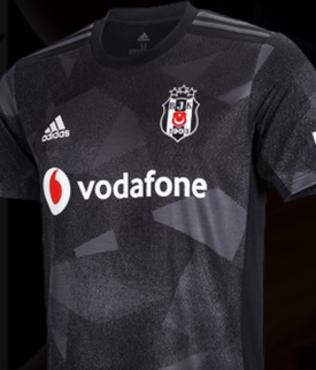 Beşiktaş genç yıldız için teklifini yaptı! Para+futbolcu