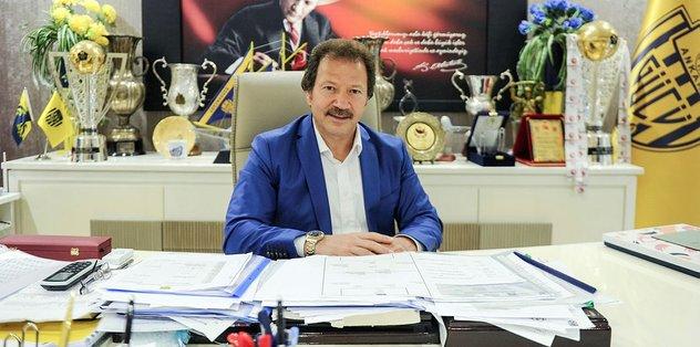 Mehmet Yiğiner: Altay'ı hem Galatasaray hem Beşiktaş istedi