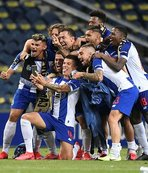 Portekiz'de şampiyon Porto!