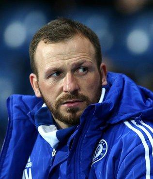 Chelsea antrenörü Mourinho ile dalga geçti!