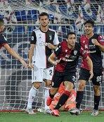 Cagliari şampiyon Juventus'u devirdi!