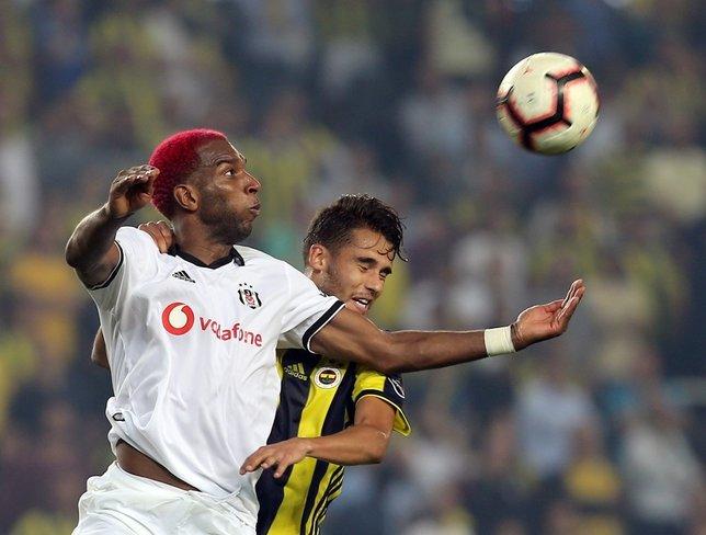 Beşiktaşta Ryan Babel Fulham ile anlaştı!