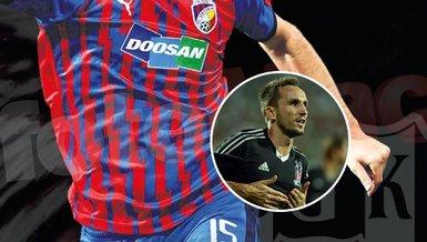 Beşiktaş'a 1.91'lik golcü! Tomas Sivok devrede
