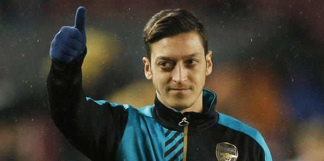 Mesut Özil'den Alman başkana sert cevap