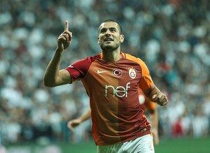Trabzonspor Eren Derdiyok için  Galatasaray'ın kapısını çalıyor