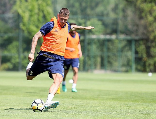 Fenerbahçede Martin Skrtel tehlikesi!