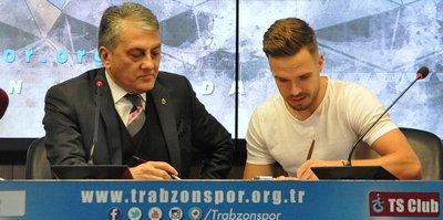 Filip Novak imzayı attı