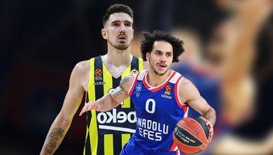 Son dakika spor haberleri: Fenerbahçe Beko Anadolu Efes maçı corona virüsü nedeniyle ertelendi!