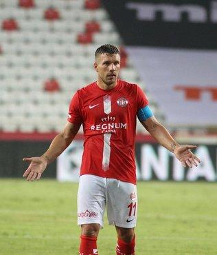Podolski'nin durumu belli oldu! Trabzon maçında...