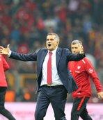 """""""Oyuncu bulamıyorum"""" diyen Lucescu'ya Güneş'ten tarihi ders!"""