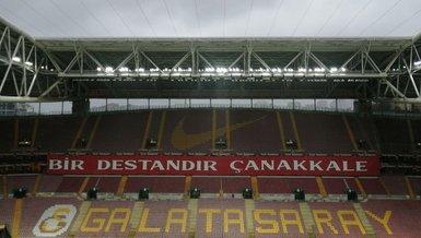 Galatasaray taraftarlarından Çanakkale pankartları