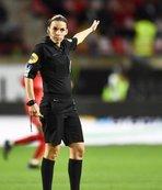 Fransa Ligi'nde tarihe geçen maç! Hakem...