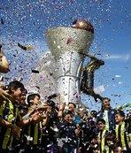 Fenerbahçe'nin Euroleague kupasının anıtı açıldı