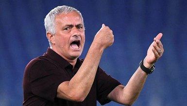 Roma, teknik direktörü Jose Mourinho'nun 1000. maçında son dakika golüyle galip geldi