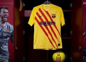 Barça yeni formasını tanıttı! Dikkat çeken detay...