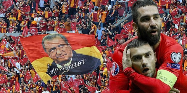 Galatasaray'dan Burak Yılmaz ve Arda Turan'a gönderme!