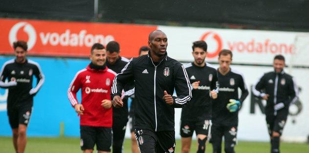 Beşiktaş hazırlıklara başladı! Victor Ruiz...