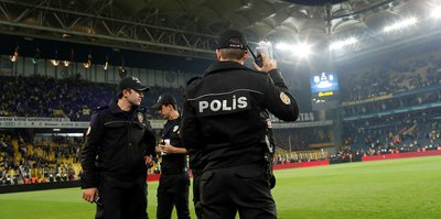 Fenerbahçe-Beşiktaş derbisindeki olaylarla ilgili 5 kişi tutuklama talebiyle mahkemeye sevk edildi