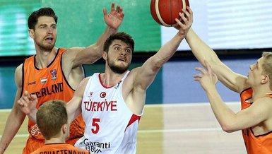 Son dakika spor haberleri: A Erkek Milli Basketbol Takımı'nın Olimpiyat Elemeleri aday kadrosu açıklandı